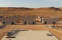 Počas 45 dní v Alžírsku bolo postaveno 28 obytných miestností