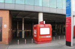 Stánky na predaj lístkov na štadión Old Trafford